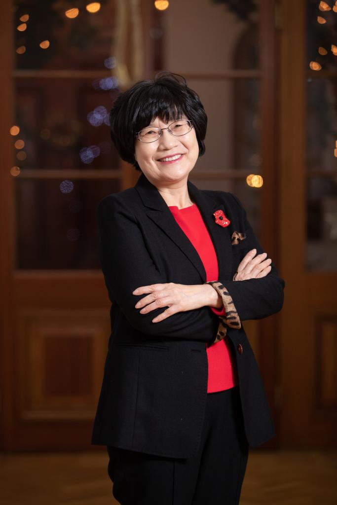 Dr Heesun Chung